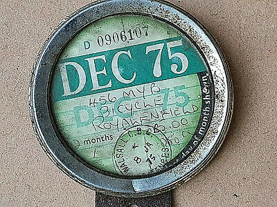 VINTAGE MOTORCYCLE TAX DISC 456 MYB & HOLDER DEC 1975 Royal Enfield Issd. 8.1.75 • 18.99£